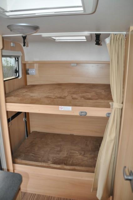 2 Einzelbetten als Doppelstockbett im Wohnmobil