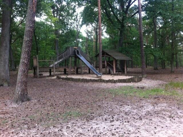 Abenteuerspielplatz - kleiner Spielplatz am Teufelssee-Rundweg