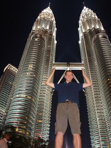 Twin Towers in Kuala Lumpur bei Nacht