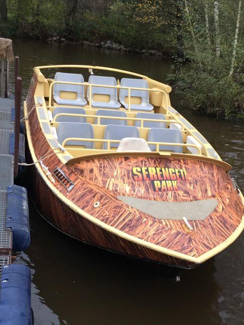 Black-Mamba Speedboat - Serengeti-Park