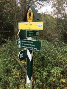 Entlang des Heidewanderweg, 66 Seen-Wanderweg- und Höhenlandwanderweg