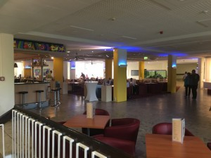 Lounge und Bar im Ahorn Hotel