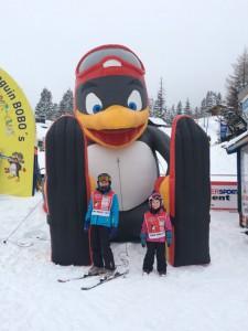Spaß in der Skischule in Österreich