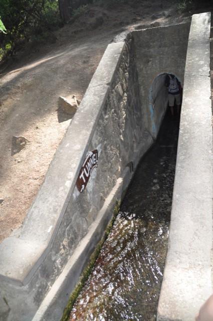 Tunnel im Tal der 7 Quellen